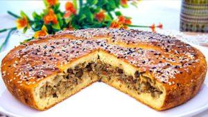 Сытный заливной пирог с мясом на кефире