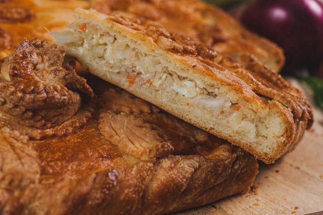 Рецепты слоеных пирогов с капустой