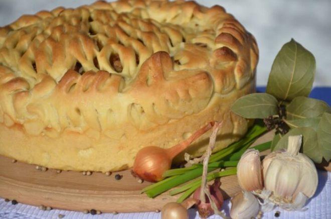 Бездрожжевой постный пирог с капустой