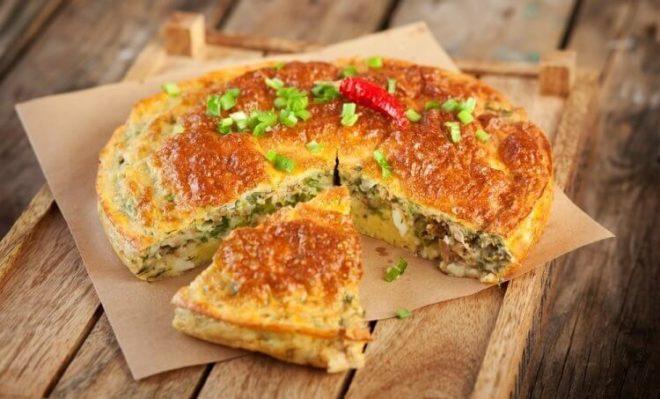 Ароматный пирог с рыбой и рисом