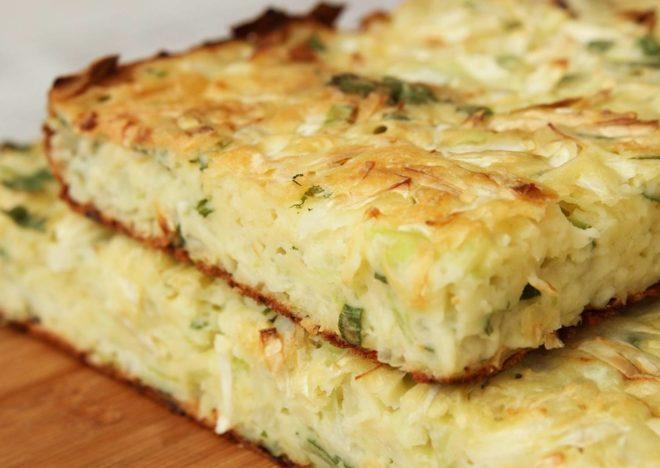 Ароматный пирог с капустой для ленивых