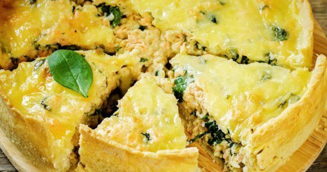 7 интересных рецептов заливных пирогов с рыбой