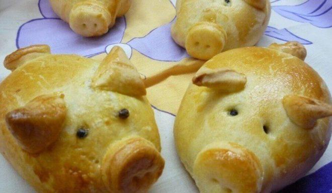 Пирог свинка-кулебяка с тремя начинками