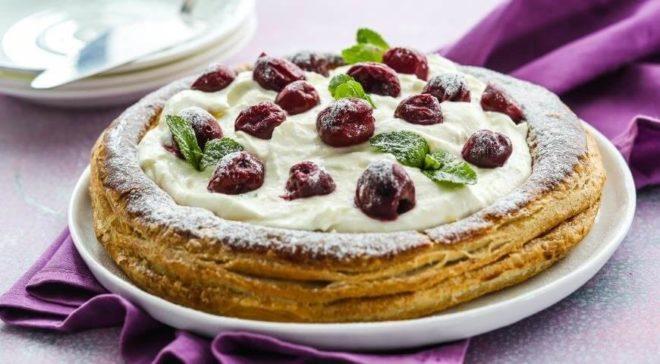 Вариант №16. Пирог с вишней и ревенем